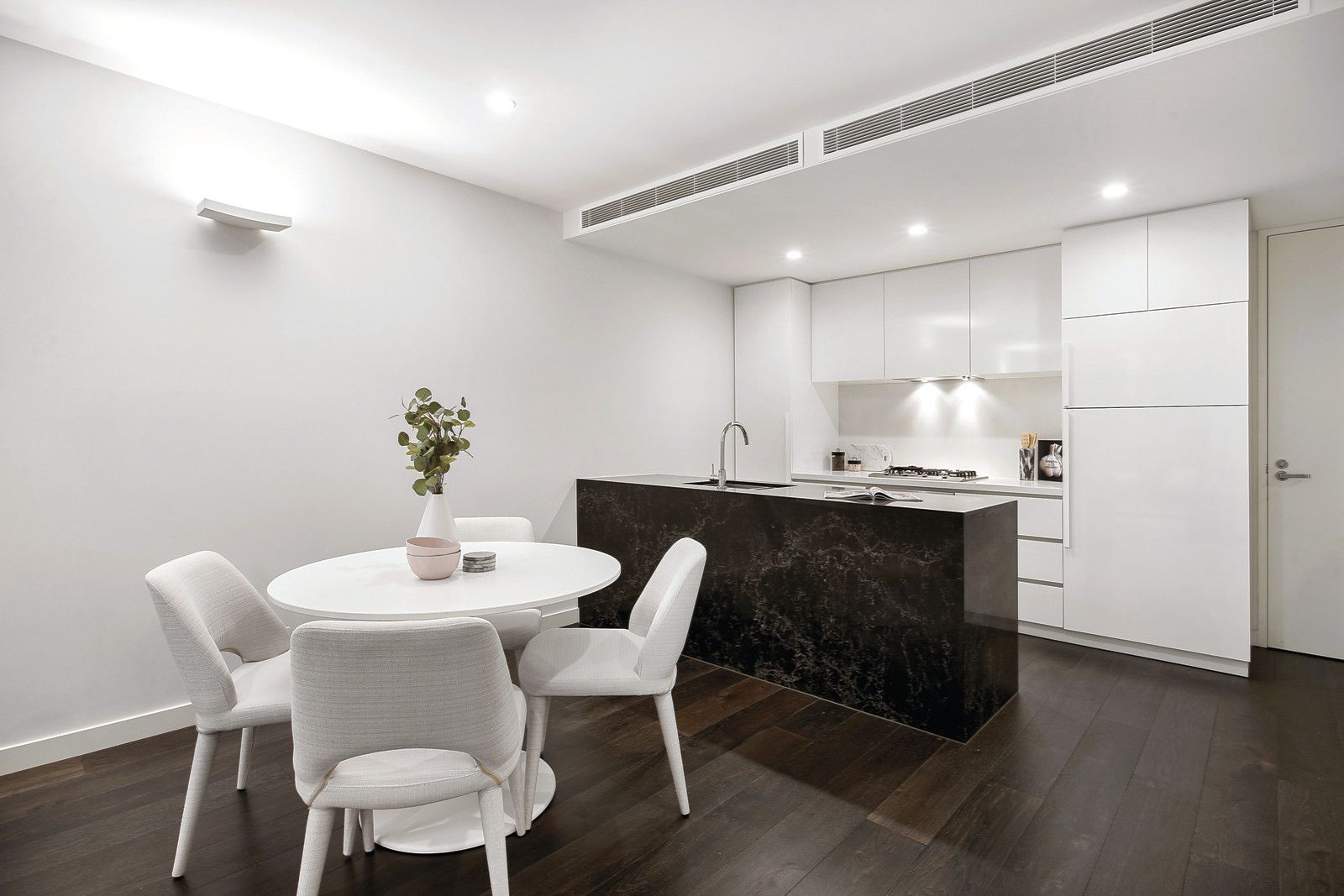 1/15-17 Cromwell Road, South Yarra VIC 3141, Image 2