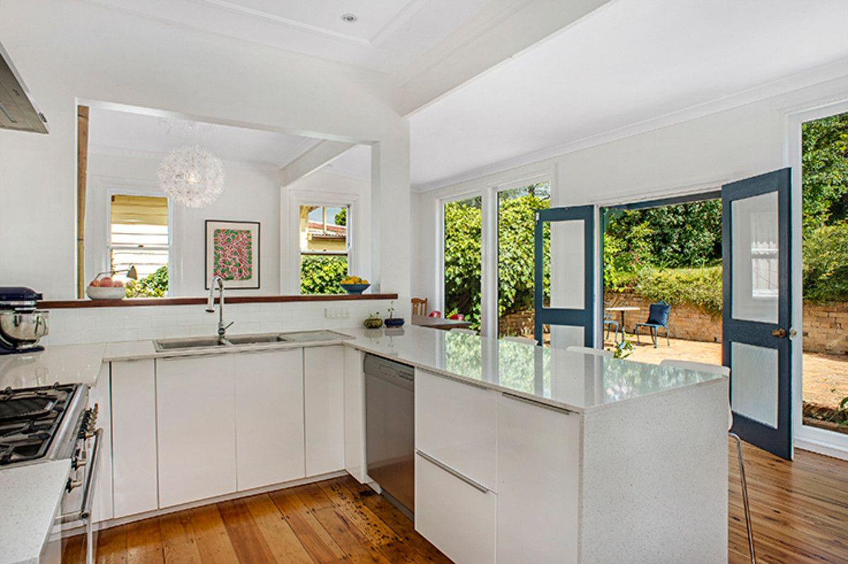 232 Bathurst Road, Katoomba NSW 2780, Image 2