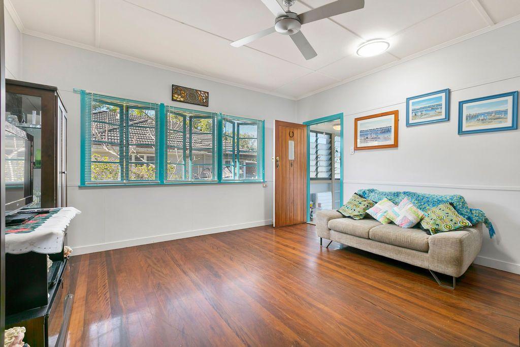 10 Upwood Street, Coopers Plains QLD 4108, Image 1