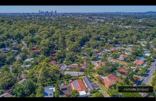 Picture of 109 Burbong Street, Chapel Hill QLD 4069