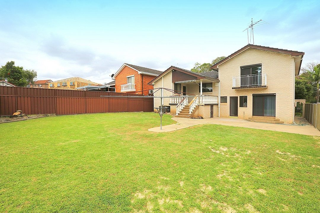 30 Surrey Avenue, Georges Hall NSW 2198, Image 9