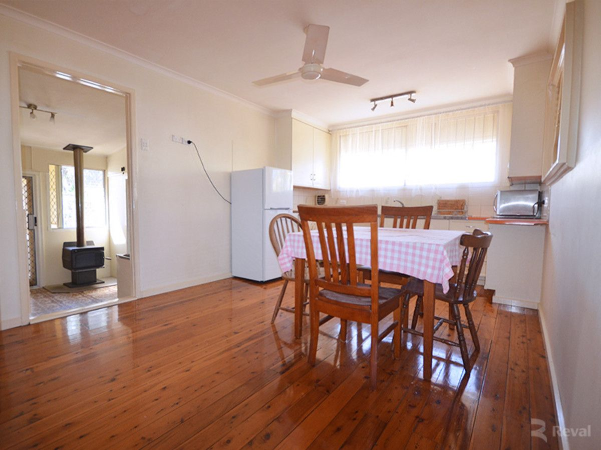 28 Manchester Street, Eight Mile Plains QLD 4113, Image 2