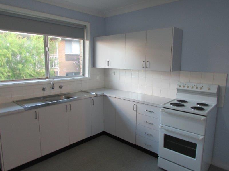 2/5 Zelang Avenue, Figtree NSW 2525, Image 2
