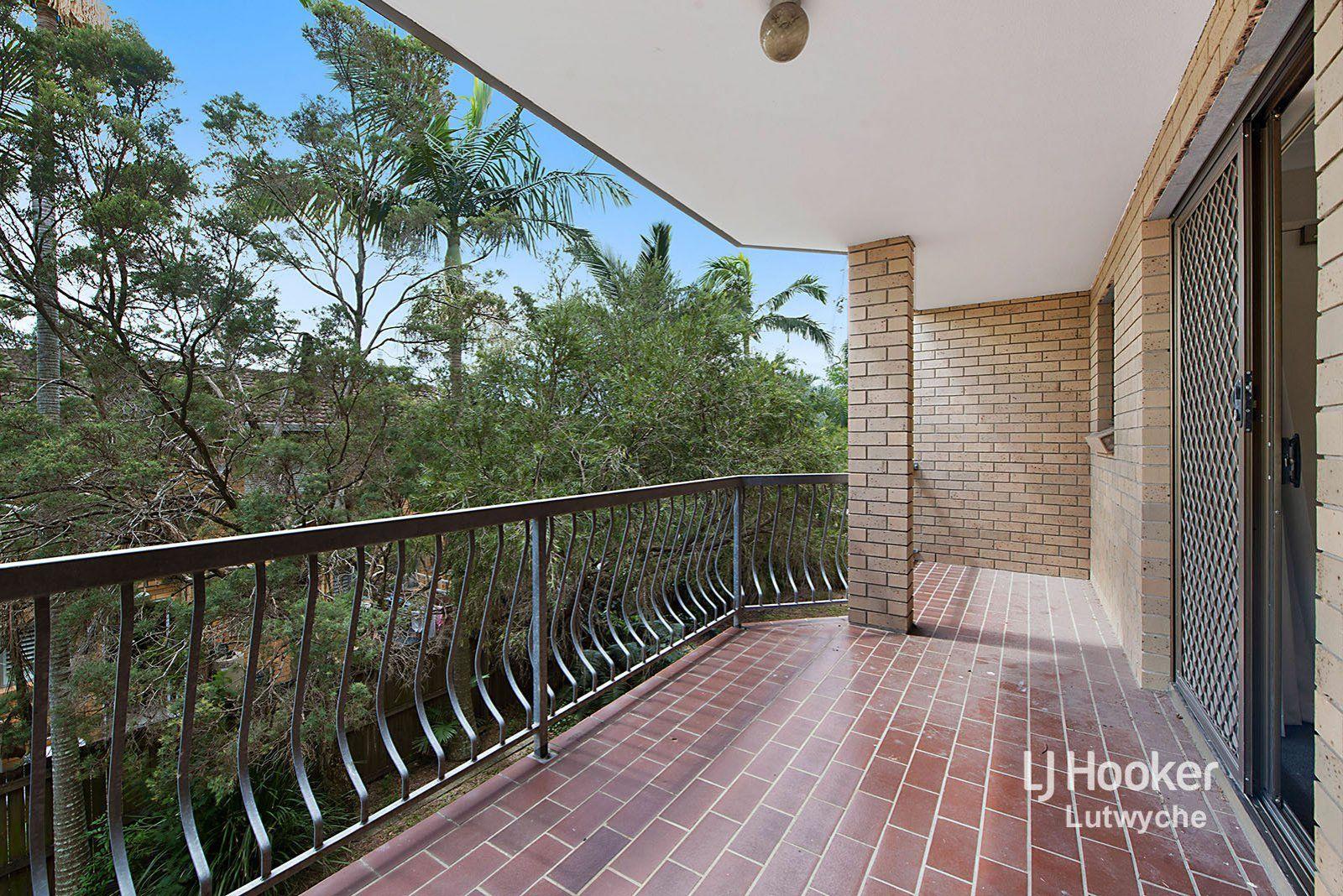 2/37 Victoria Terrace, Gordon Park QLD 4031, Image 1