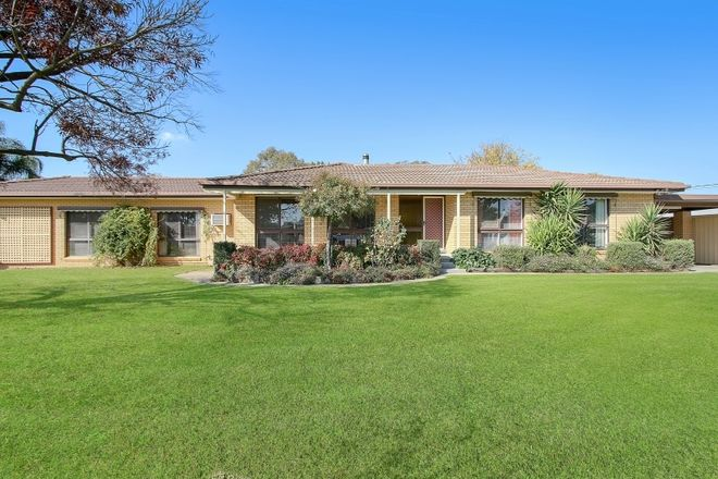 Picture of 138 Larmer St, HOWLONG NSW 2643