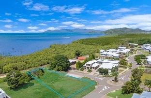 Picture of 4 Waterview Drive, Bushland Beach QLD 4818