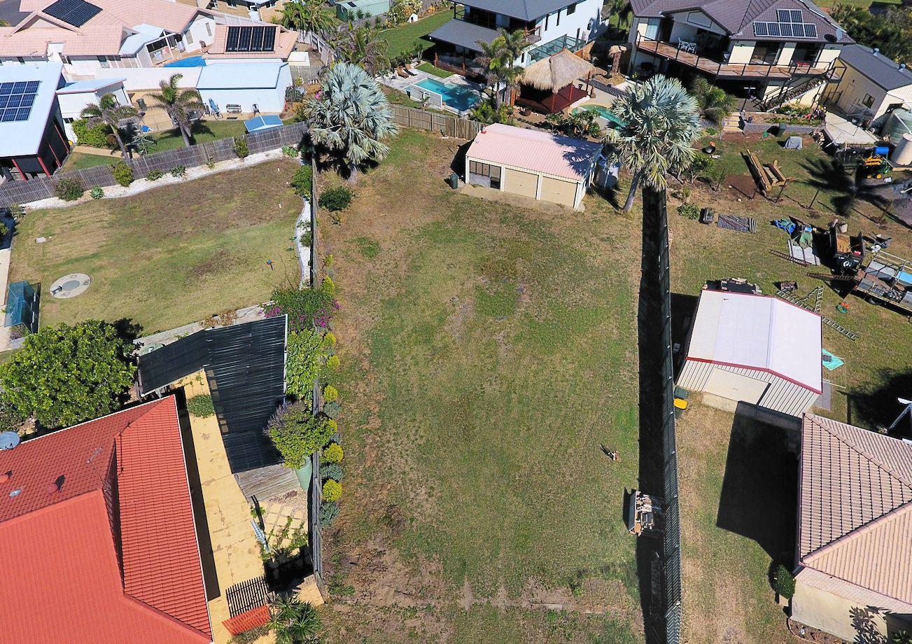 3 Mokera St, Coral Cove QLD 4670, Image 2