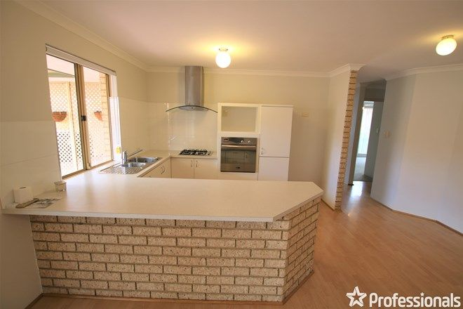 Picture of 4/15 Summer Place, THORNLIE WA 6108