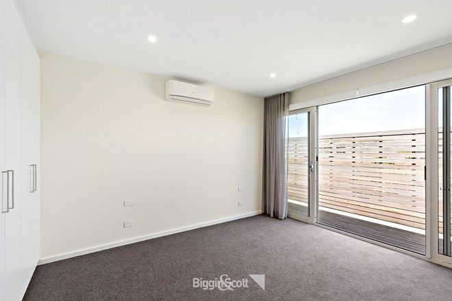 Picture of 56 Chestnut Street, CREMORNE VIC 3121