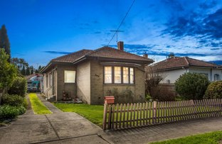 Picture of 14 Woodland Street, Strathmore VIC 3041