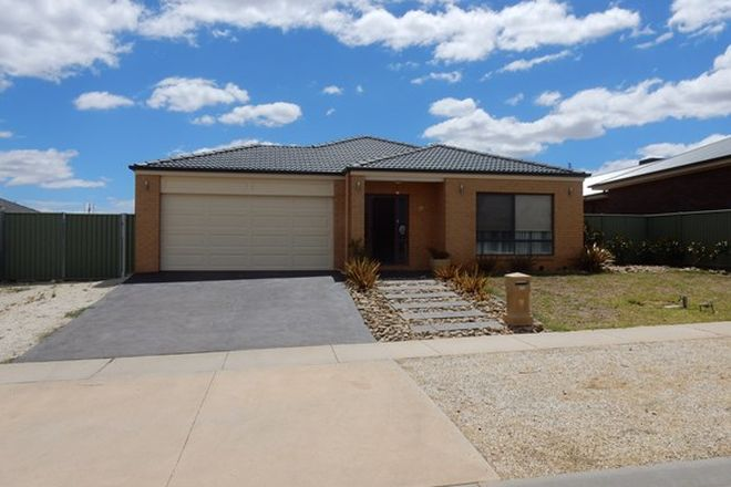 Picture of 26 Rathlin Avenue, JUNORTOUN VIC 3551