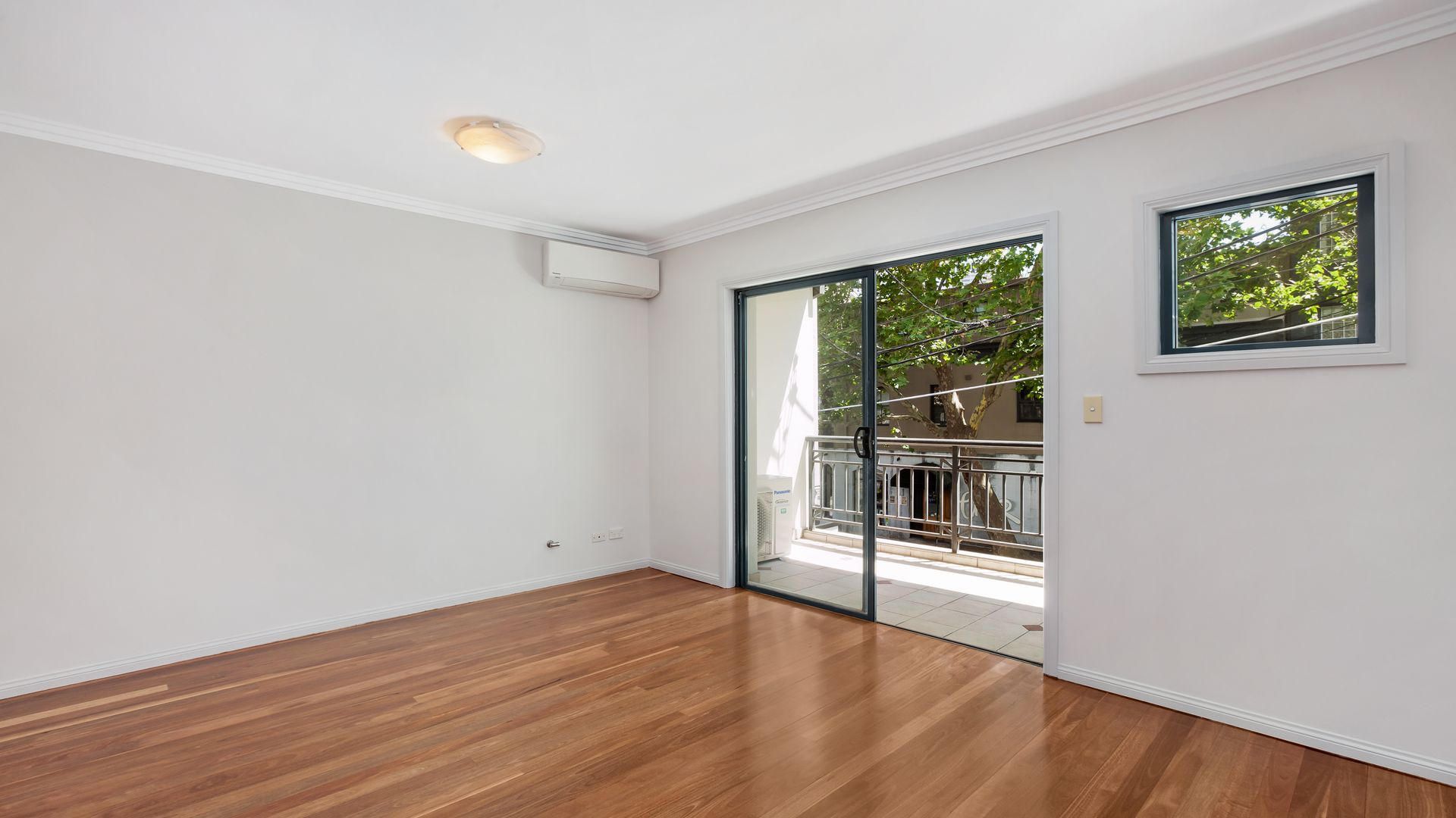 4/35-37 Albion Street, Surry Hills NSW 2010, Image 2