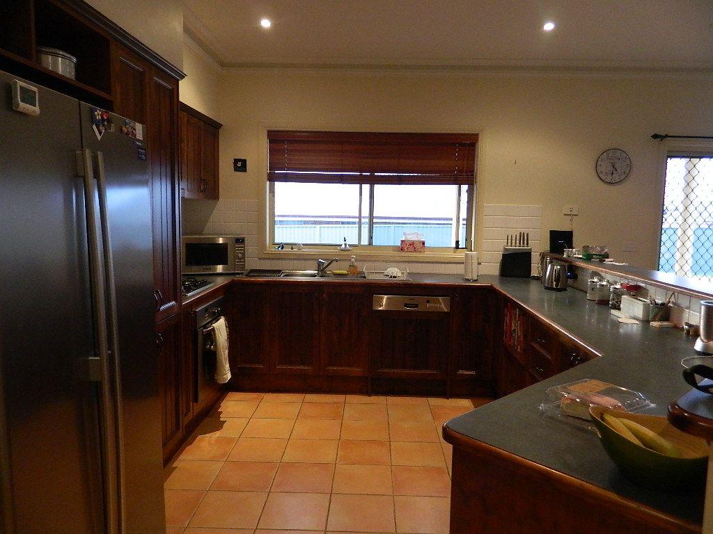 9 Cypress Cres, Bathurst NSW 2795, Image 1