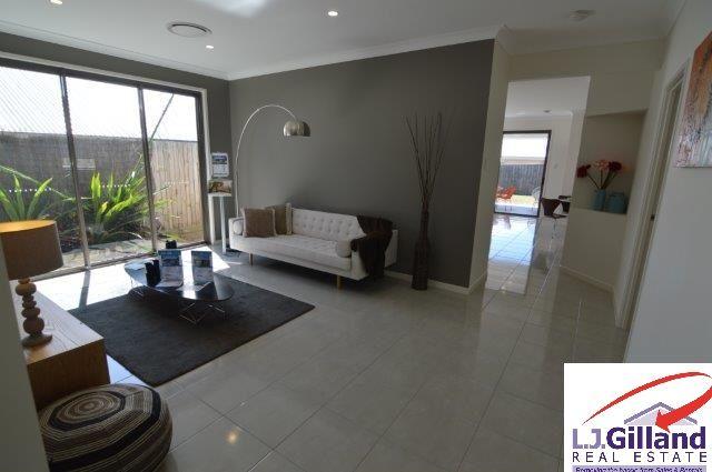 22 Sarabah Street, North Lakes QLD 4509, Image 2
