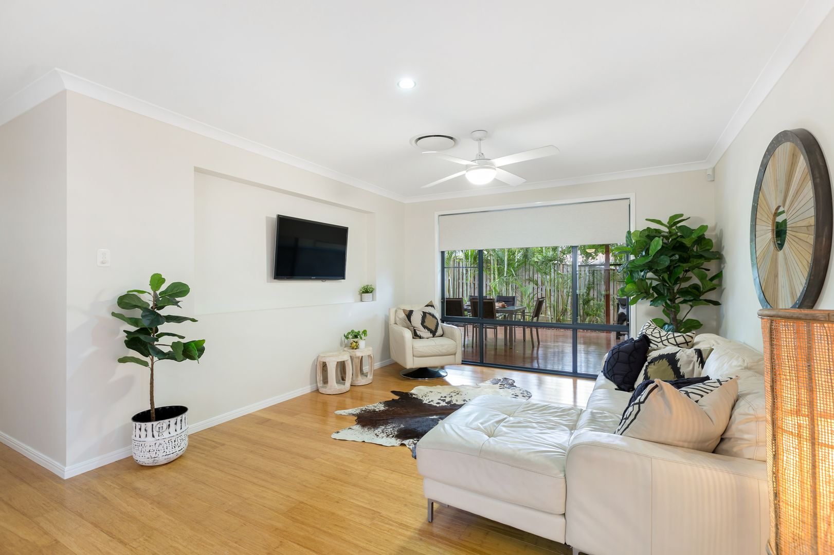 12 Crossing Drive, Eatons Hill QLD 4037, Image 1