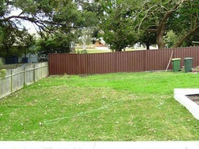 5 YURUGA Avenue, Caringbah South NSW 2229, Image 2