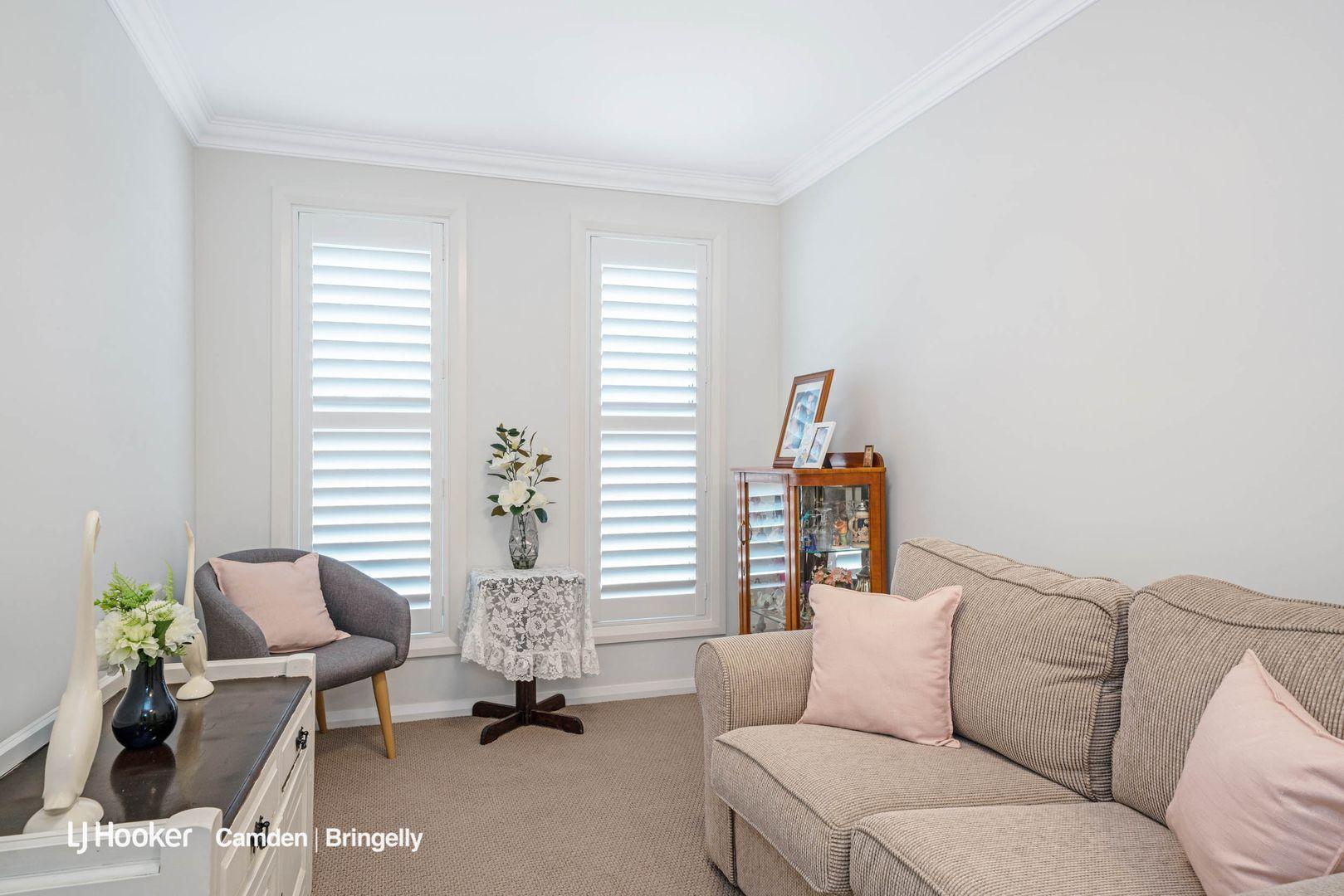 2/27 Elizabeth Macarthur  Avenue, Camden South NSW 2570, Image 1