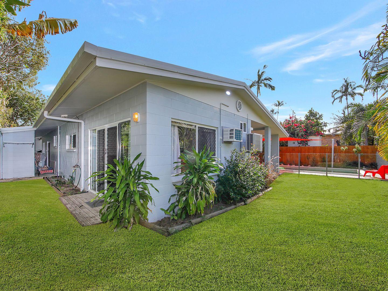 22 BAMBOO STREET, Holloways Beach QLD 4878, Image 2