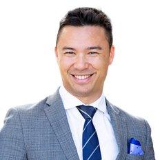 Karl Gillespie, Sales representative