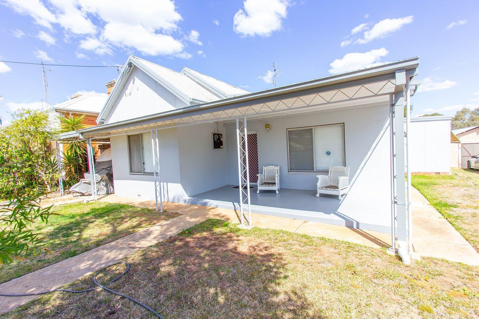 162 Larmer Street, Narrandera NSW 2700, Image 0