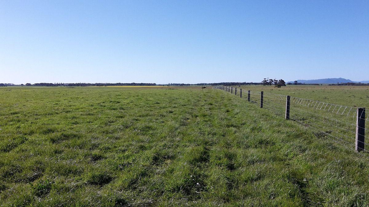 8398 Glenelg Highway, Warrayure VIC 3301, Image 0