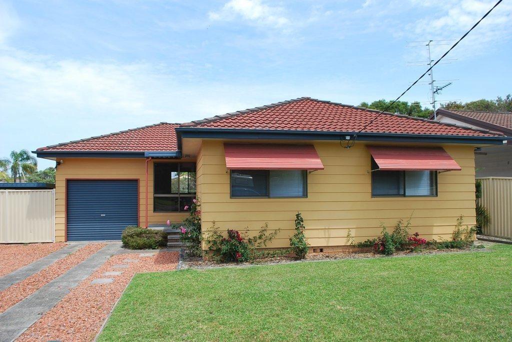 48 SPRING VALLEY AVENUE, Gorokan NSW 2263, Image 0