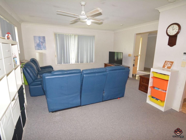 3/3 Bunya Place, Seventeen Mile Rocks QLD 4073, Image 2