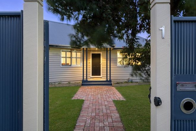 Picture of 1 Northcliffe Road, EDITHVALE VIC 3196