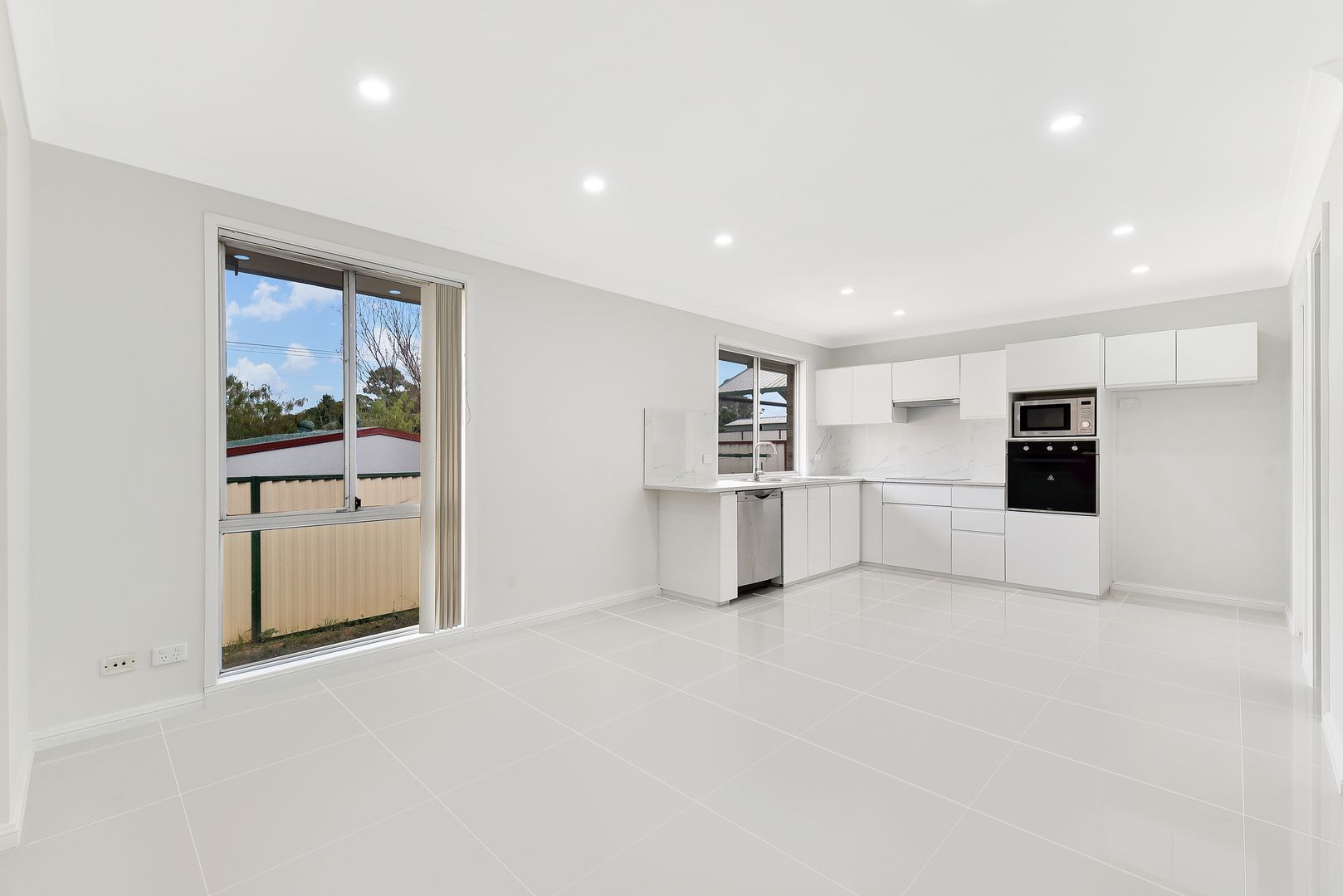 9 Angourie Place, Bow Bowing NSW 2566, Image 2