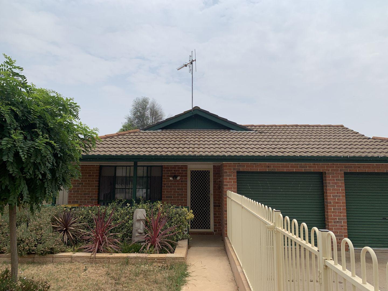 11 Rosedale Place, Orange NSW 2800, Image 0