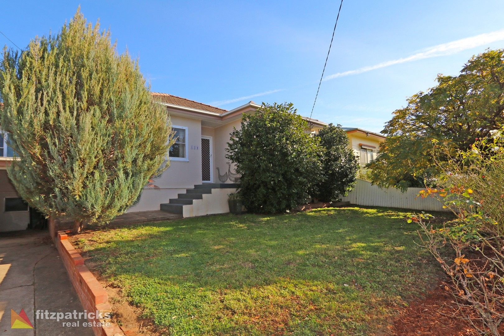 124 Meadow Street, Kooringal NSW 2650, Image 0