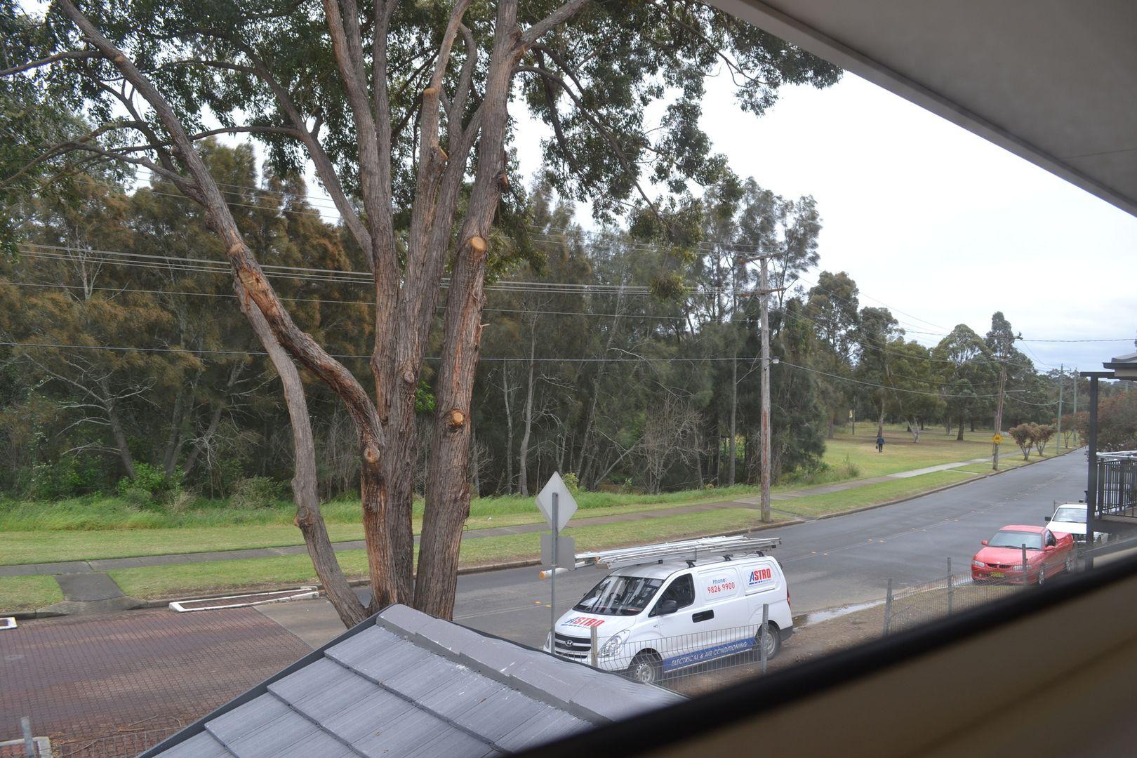 2 Lamont Place, Cartwright NSW 2168, Image 1