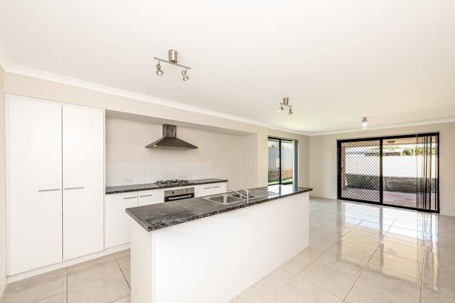 Picture of 26 Beachcomber Hill, GLENFIELD WA 6532
