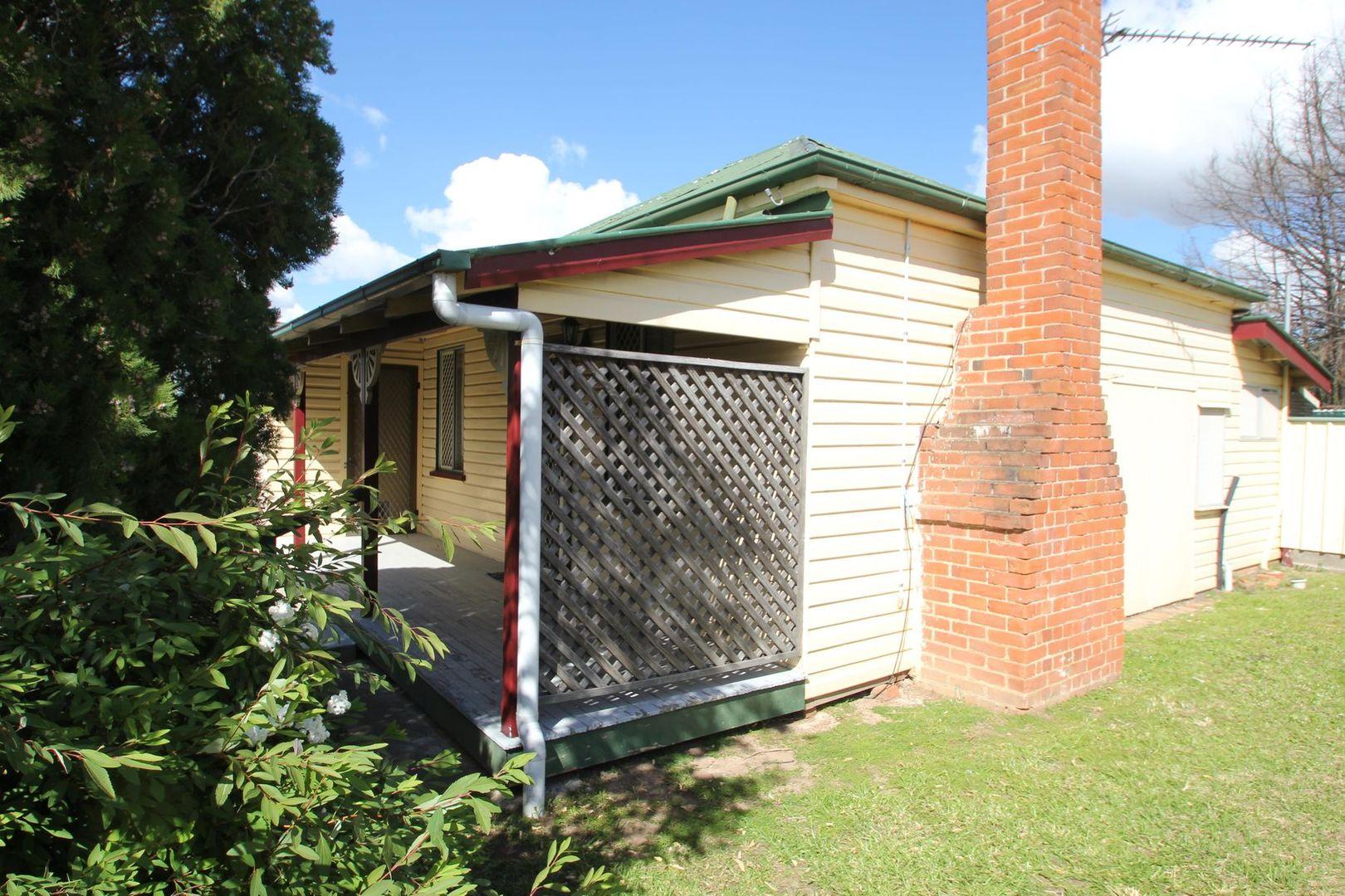 11 High Street, Tenterfield NSW 2372, Image 1