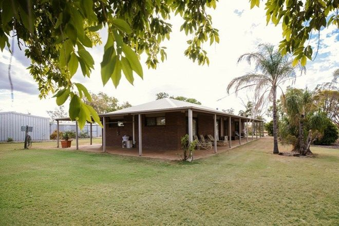 Picture of 77 Melrose Drive, CLERMONT QLD 4721