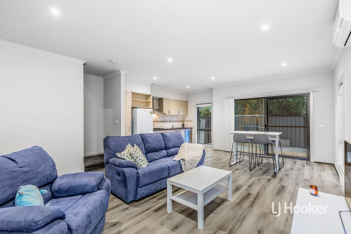 33/39 Astley Crescent, Point Cook VIC 3030, Image 2