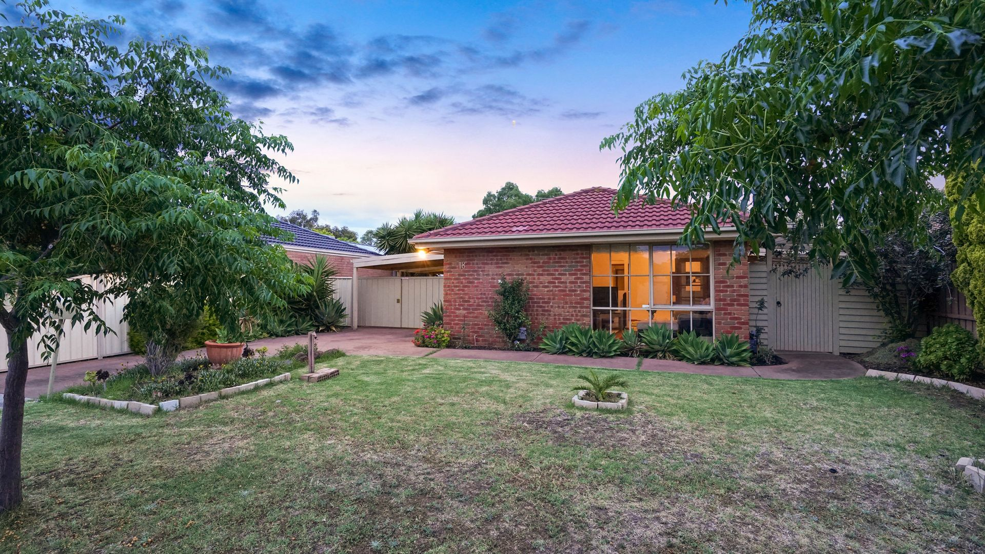 18 Sheeprun Place, Hoppers Crossing VIC 3029, Image 2