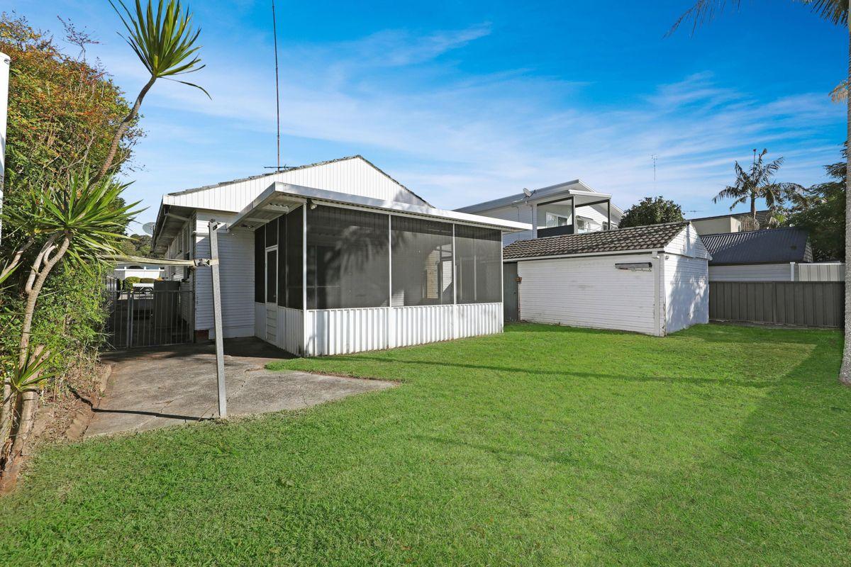 10 Glad Gunson Drive, Eleebana NSW 2282, Image 2