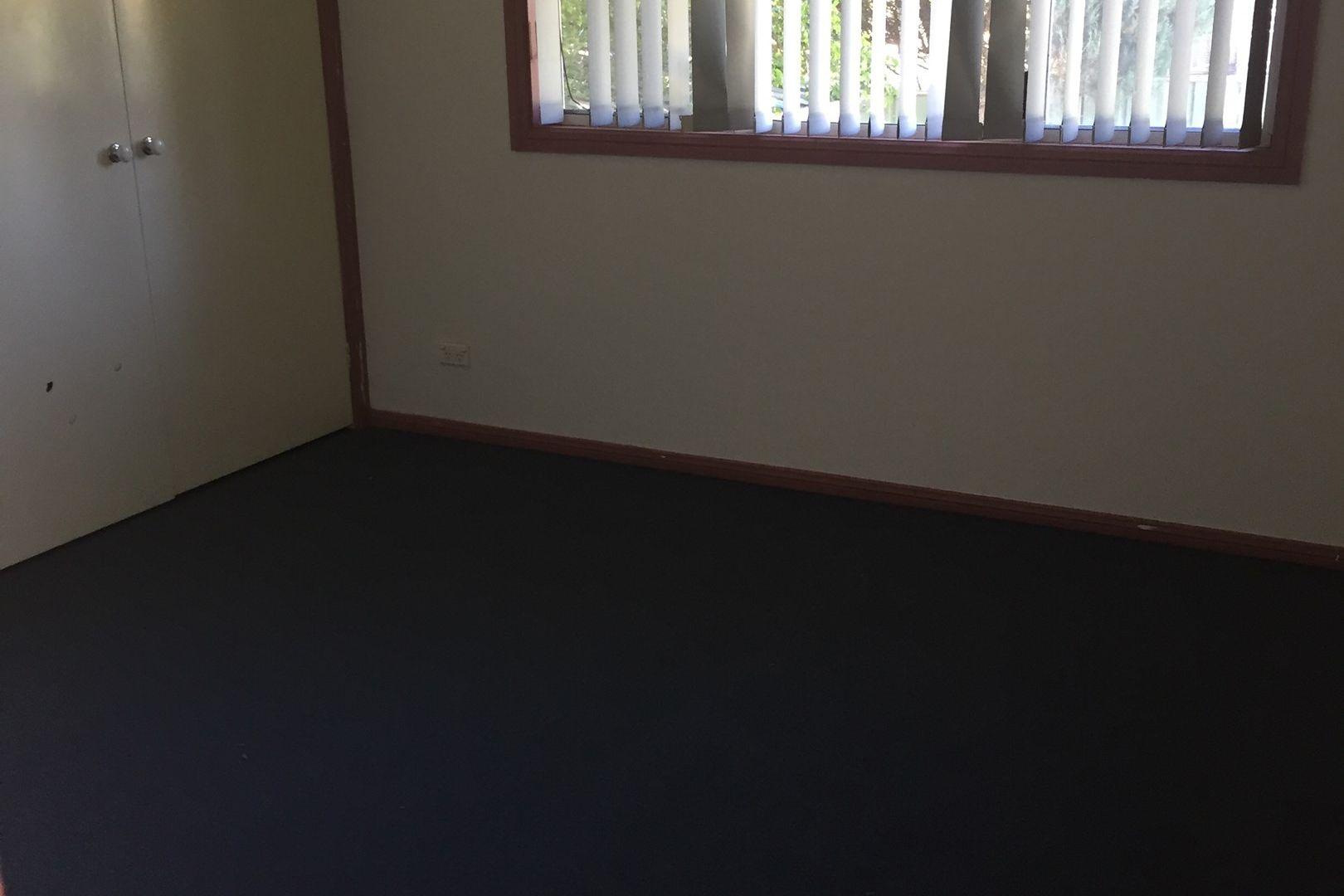 15 Bundarra Crescent, Orange NSW 2800, Image 2