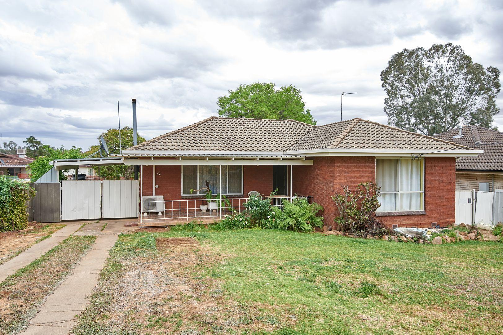 64 Tobruk Street, Wagga Wagga NSW 2650, Image 0