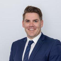Kyle Raven, Sales representative