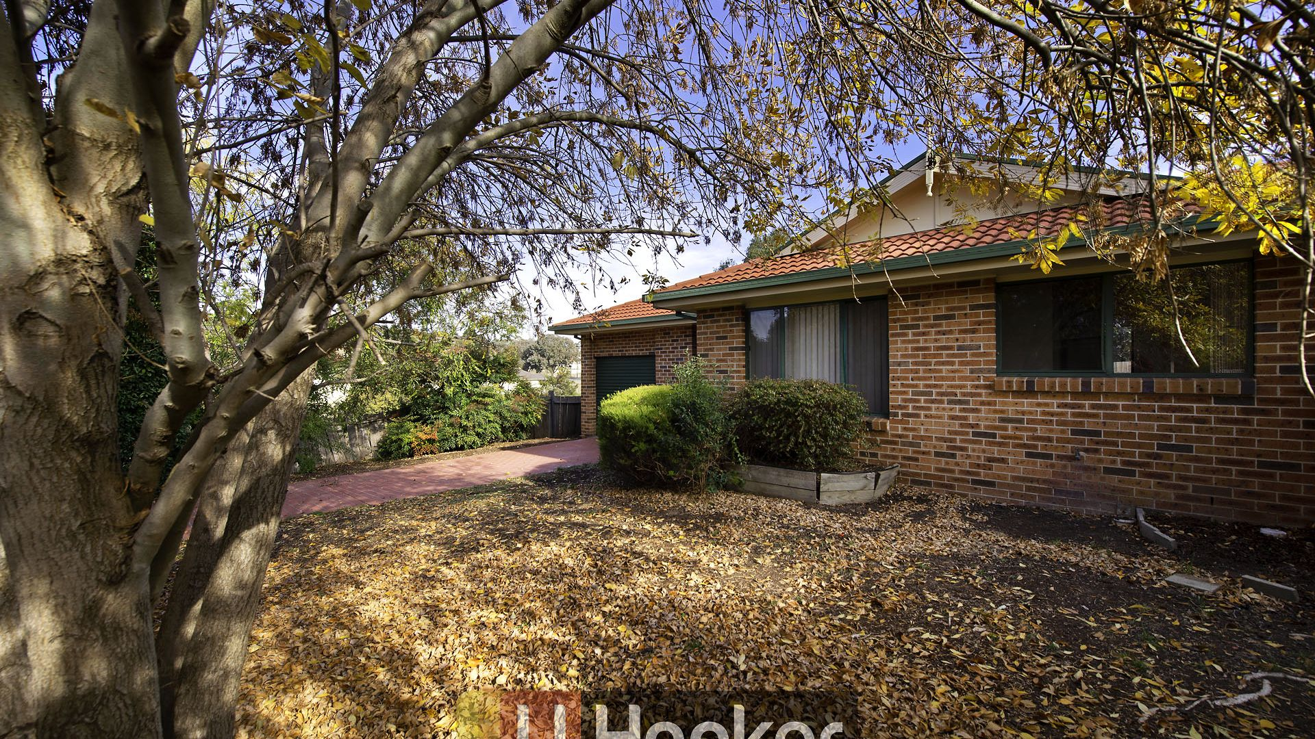 14 Leonard Close, Dunlop ACT 2615, Image 1