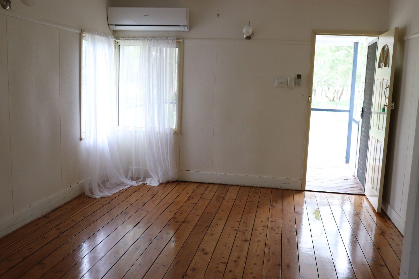 55 Carter Street, Charleville QLD 4470, Image 2