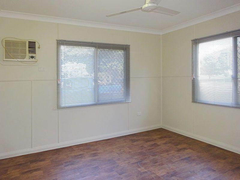 5B Warburton Street, North Ward QLD 4810, Image 2