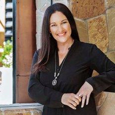 Nikki Hudson, Sales Executive