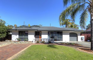 Picture of 7 Magnolia Way, Forrestfield WA 6058