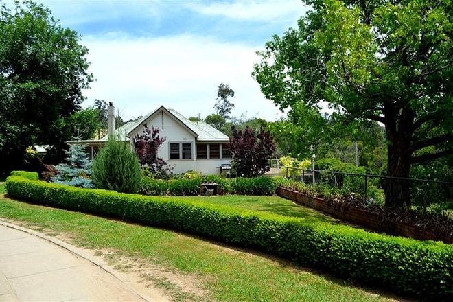 Picture of 56 Mines Road, BATLOW NSW 2730