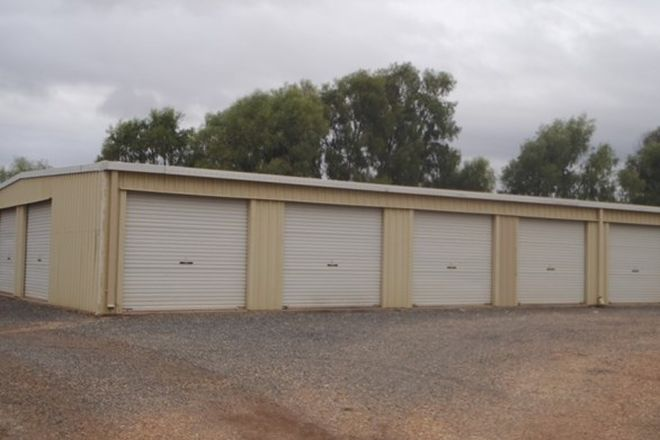 Picture of 13 Hawkins Place, EMERALD QLD 4720