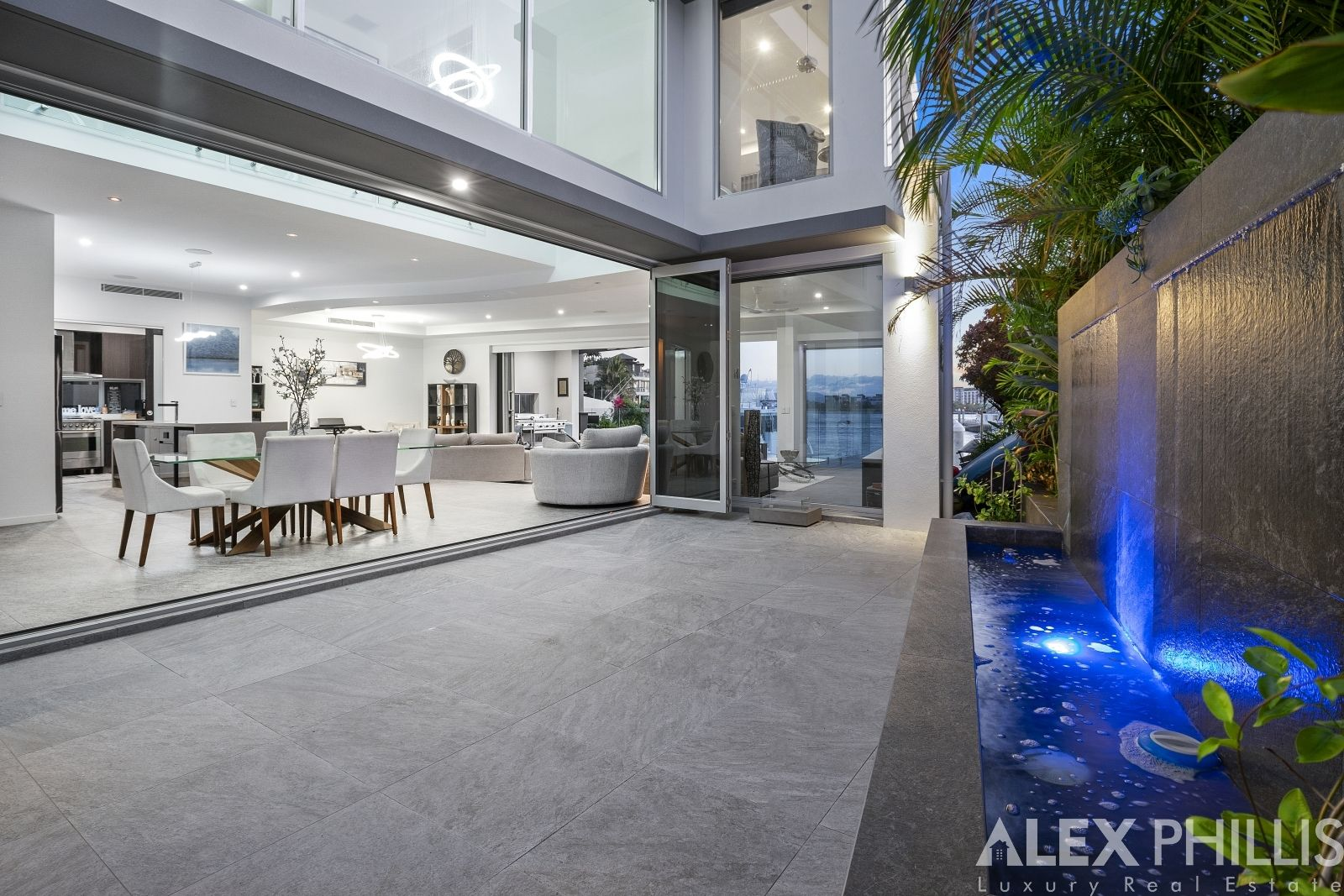 58 The Sovereign Mile, Sovereign Islands QLD 4216, Image 1