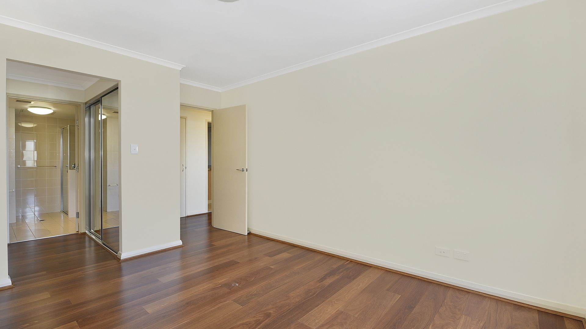 707/41 Refinery  Drive, Pyrmont NSW 2009, Image 2